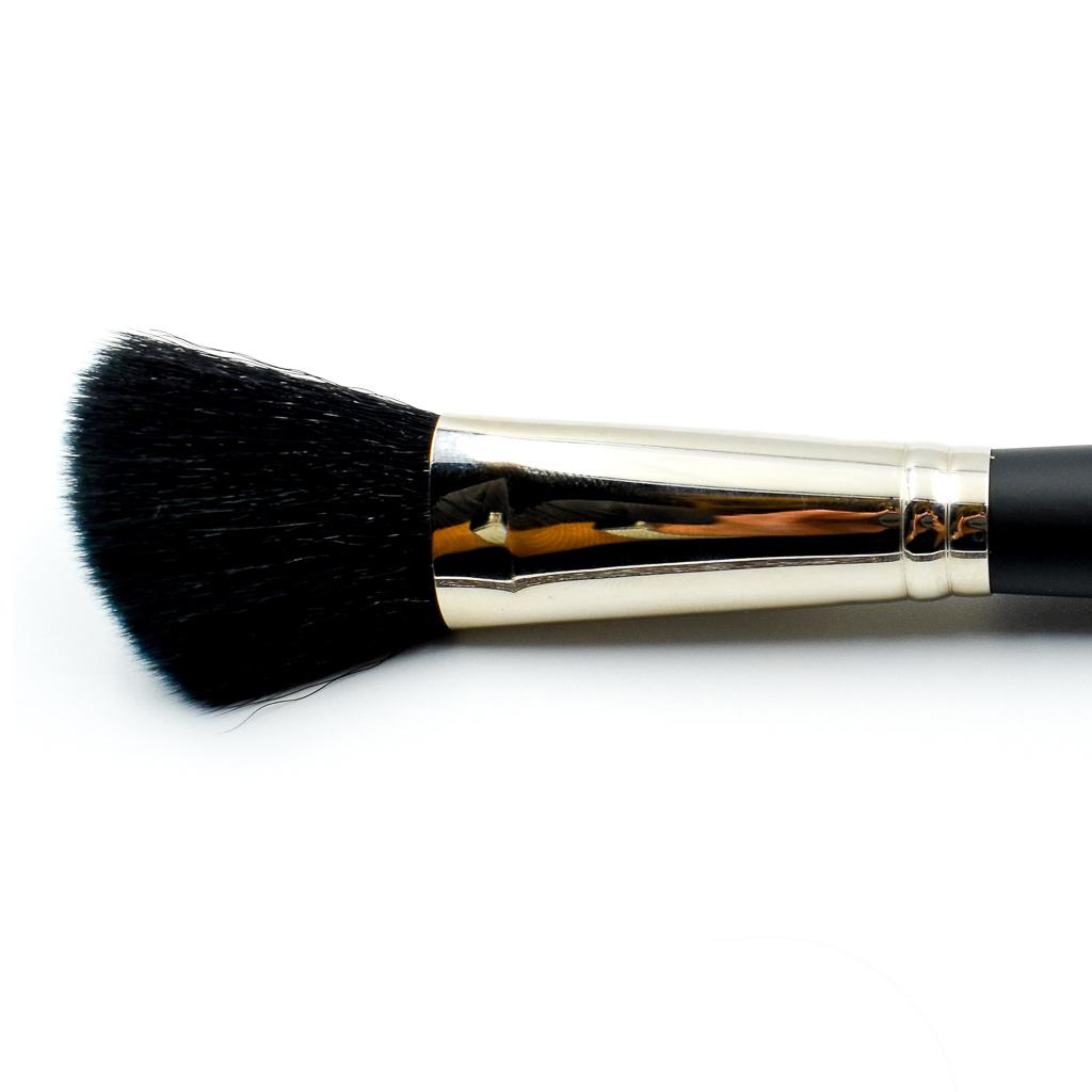 dual finish blush brush
